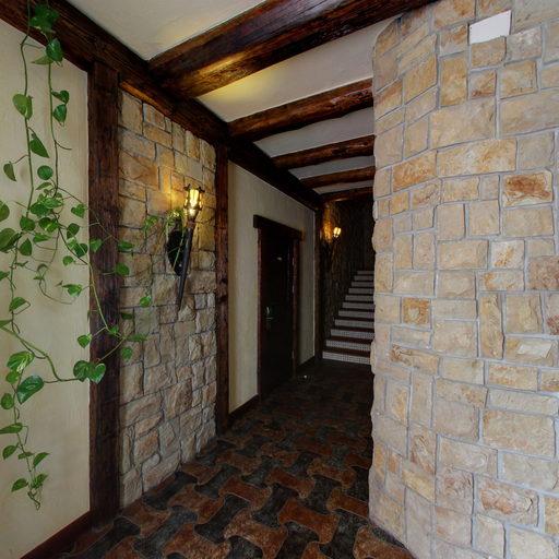3-ій поверх, коридор