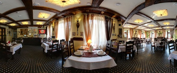 Ресторан «Трапезна» вдень