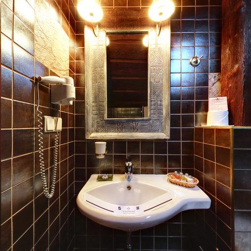 № 303 Апартаменти «Вежа». WC