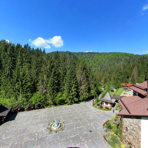 The view from the panoramic balcony apartment «Vezha»