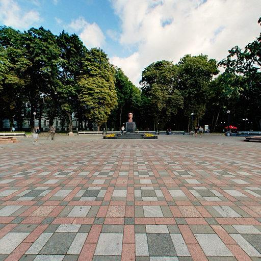 Площа перед Маріїнським палацом