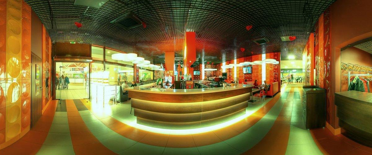 Диско-бар, ресторан, вхід