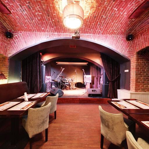 Нижній зал Jazz